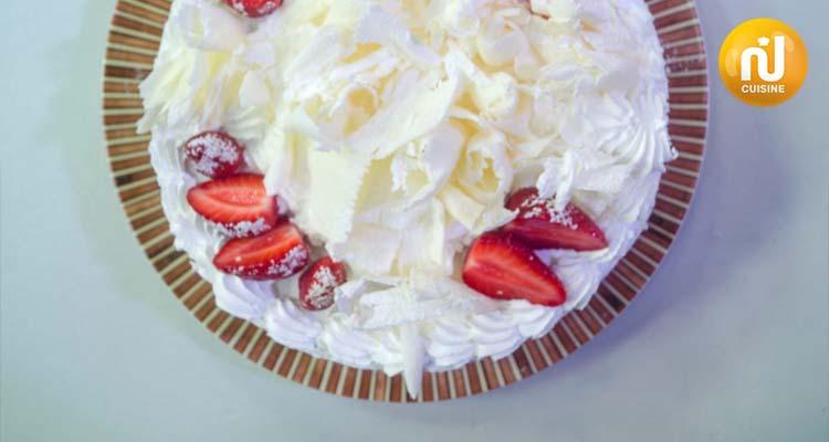 سلّة سلّة الجزء الثالث:  dessert : foret blanche aux fraises