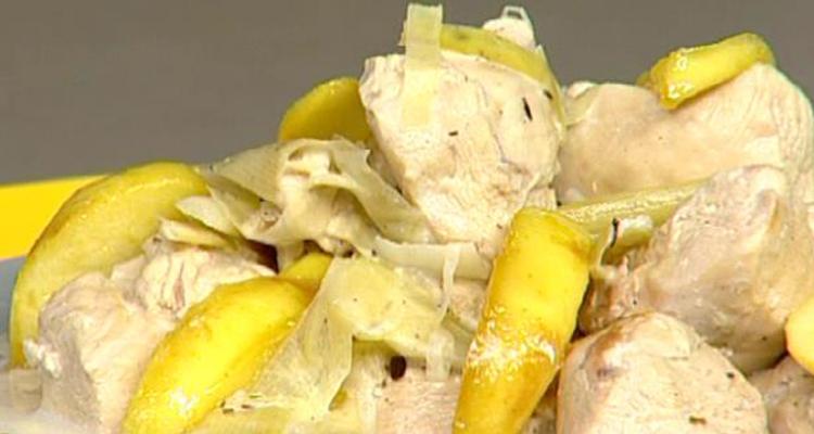 شربة أعشاب ، دجاج بالتفاح و البطاطا ، تيراميسو بالفراولة و ماء الورد - كوزينتنا هكا