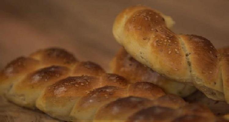 خبز بالحليب ، صلصة بالكعابر بالدجاج ، ميلك شيك آيس كريم الفانيلا و البسكويت - كوجينة رمضان مع ملاك