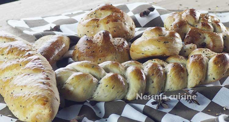 خبز بالحليب في الفرن