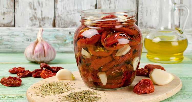 https://cuisine.nessma.tv/أفضل طريقة لتجفيف الطماطم وإعدادها لتدوم طويلا وتكون صحية !