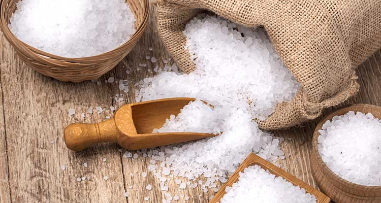 الملح الأبيض : تركيبته و تأثيراته الصحية