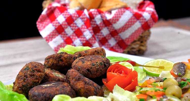 Galettes de chou-fleur et viande hachée (mbatten chou-fleur)