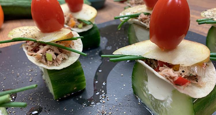 كيف نحضر مقبلات بالخيار والتونة والجبن في البيت ؟