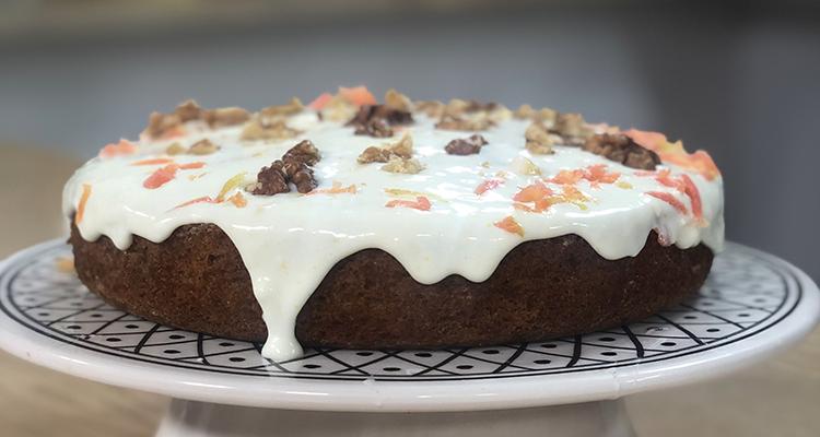 Gâteau moelleux carotte orange - Koujint ELyoum Ep 27