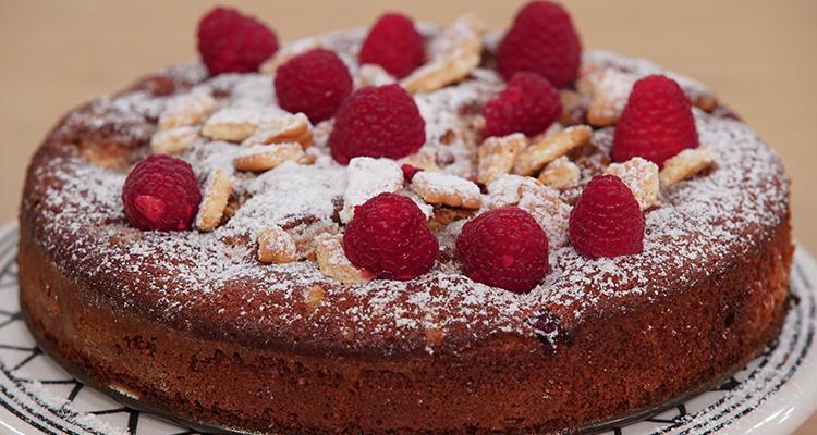 Gâteau au yaourt et aux framboises - Koujinet Elyoum Ep 60