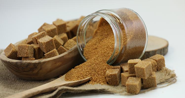 هل السكر البني صحي فعلا ؟