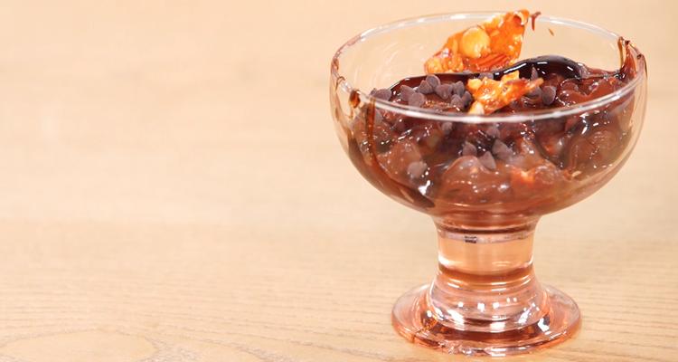 Glace au chocolat et aux fruits secs caramélisés - Koujinet Elyoum EP 87