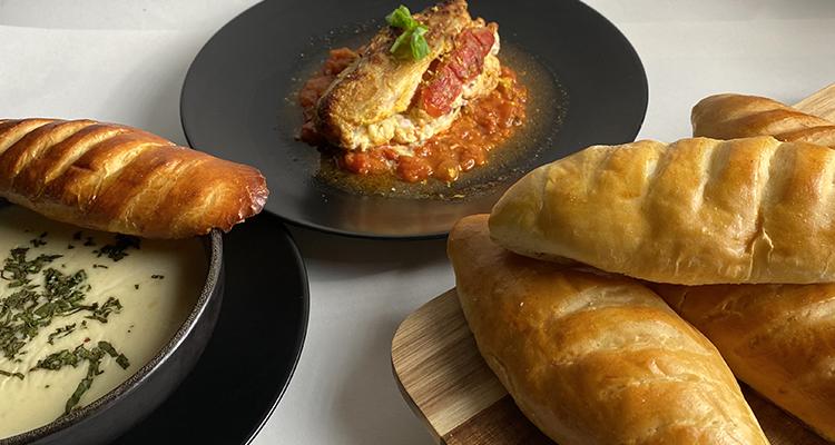 شربة بالبطاطا و البصل، دجاج محشي، خبز فينوا - كوجينة رمضان 4 - الحلقة 27