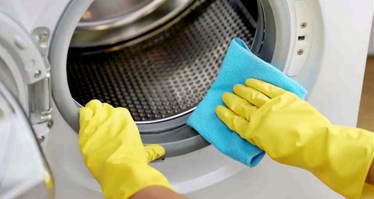 كيف تنظف غسالة الملابس الاوتوماتيكية  لتطيل عمرها؟