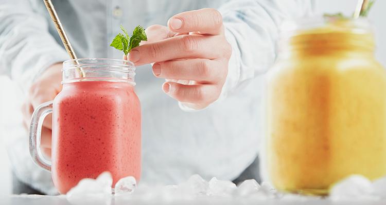 كيف نحضر ونخزن عصير المشمش  وعصير الخوخ لمدة طويلة دون مواد حافظة