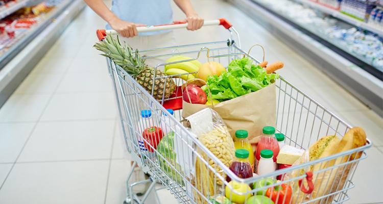 COVID-19 : Comment décontaminer vos aliments après les courses ?