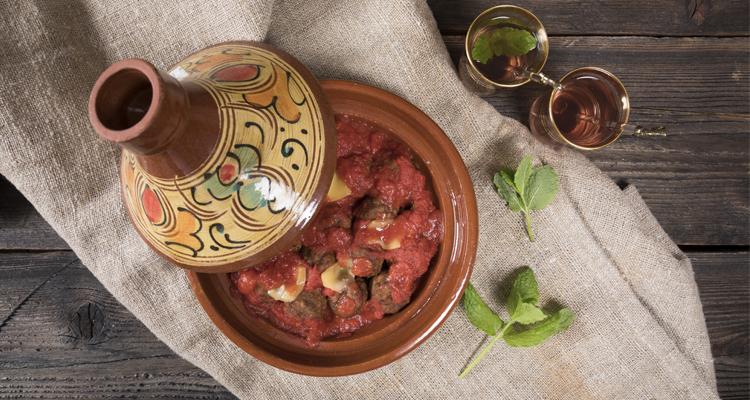 https://cuisine.nessma.tv/10 spécialités marocaines salées et sucrées