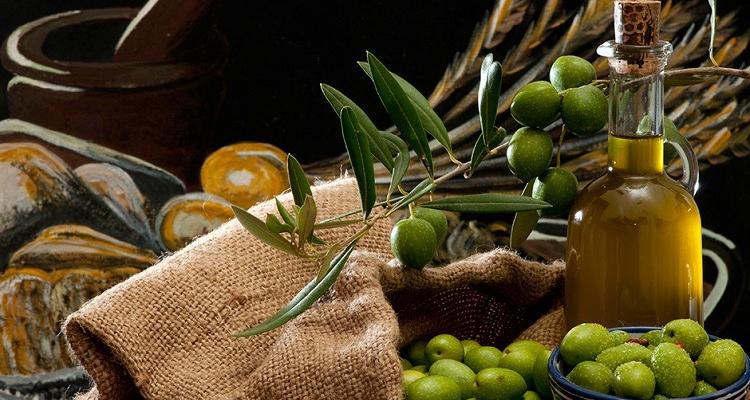 https://cuisine.nessma.tv/Tunisie : L'huile d'olive Tunisienne bat des records d'exportations
