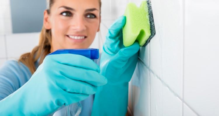 Comment dégraisser vos murs de cuisine ?