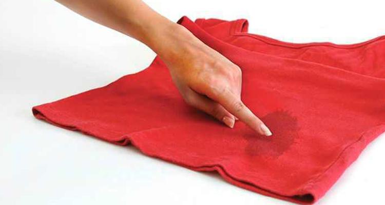 Vêtement : Comment enlever une tâche de graisse?